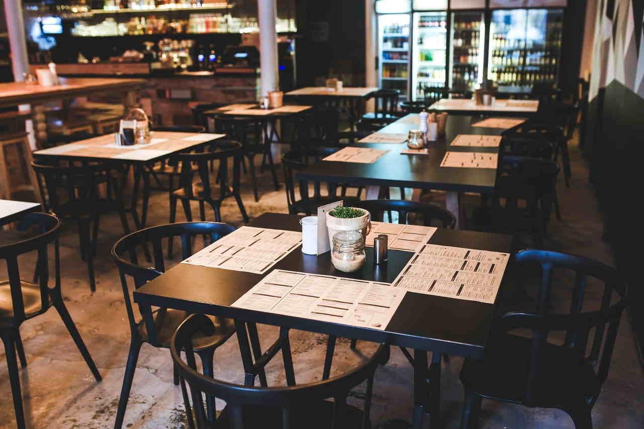 Bar e ristoranti, regole per la riapertura in sicurezza dopo il Covid-19